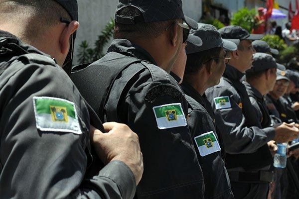 Resultado de imagem para Estado ajuíza ação contra paralisação dos militares