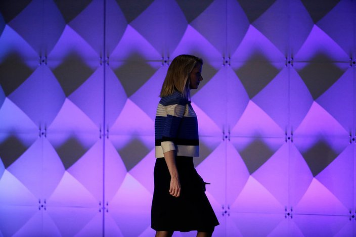 Verizon Completes $4.48 Billion Purchase of Yahoo, Ending an Era
